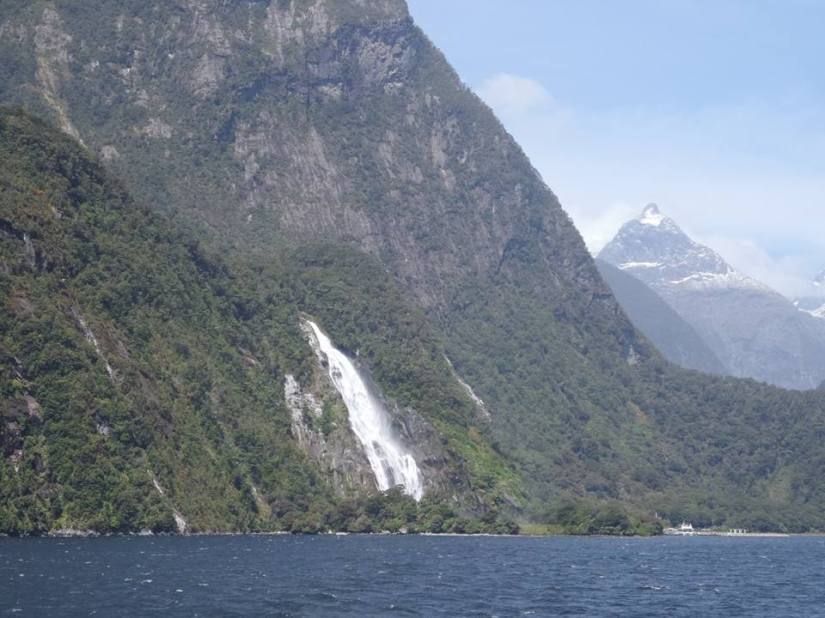 NZ: South- Milford sound and invercargil